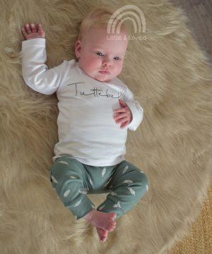 Baby outfit groen met veertjes Lara