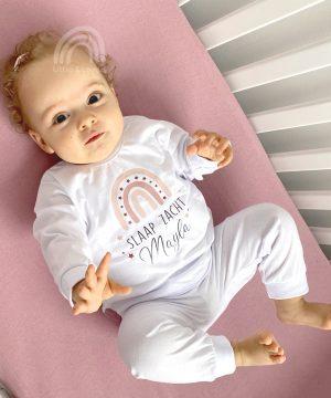 baby pyjama rainbow roze