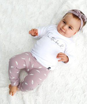 baby outfit roze met veertjes en tuttebel shirt